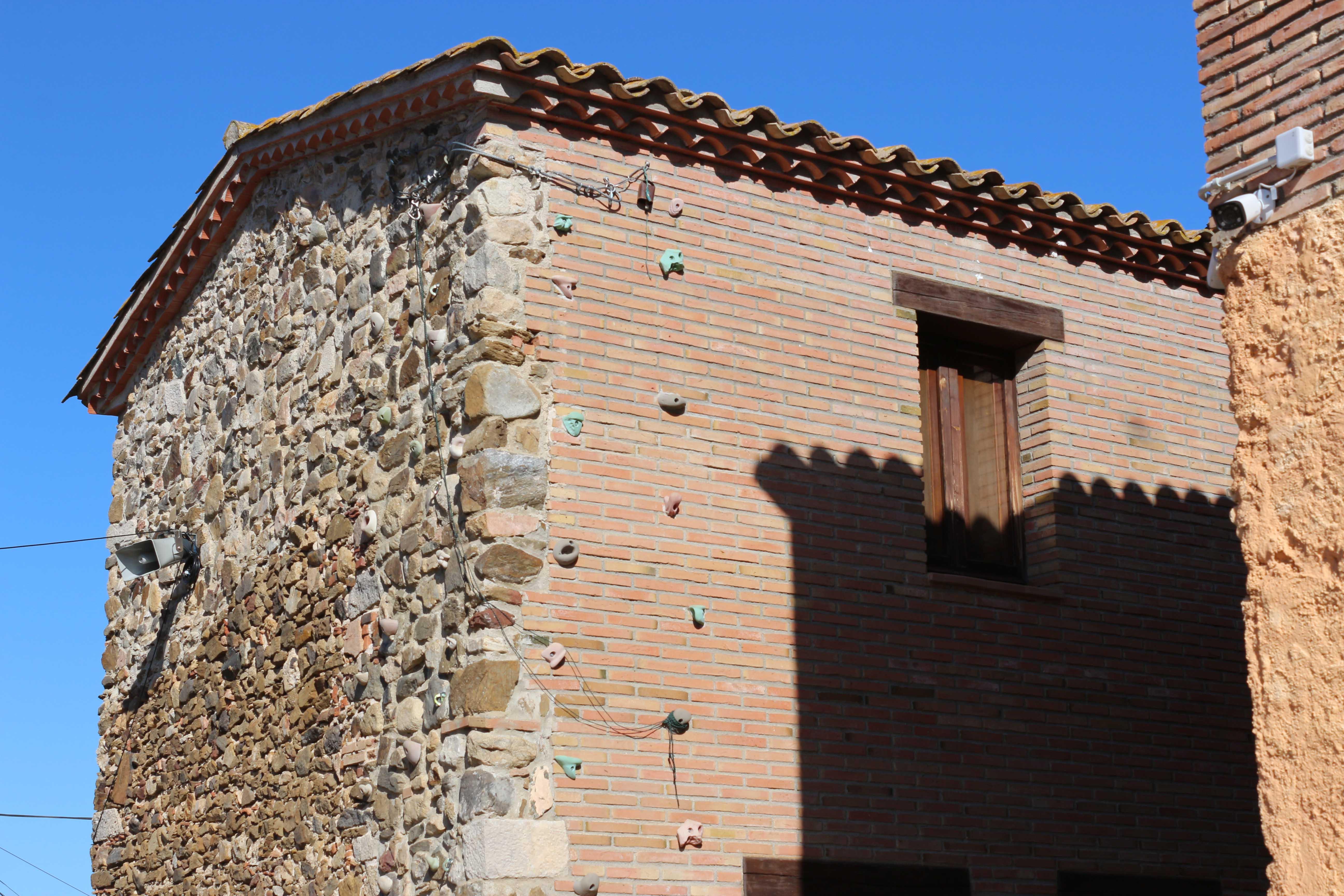 Façana lateral de la casa